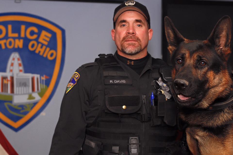 Const. Ryan Davis and Jethro. Police K-9 Association/Facebook