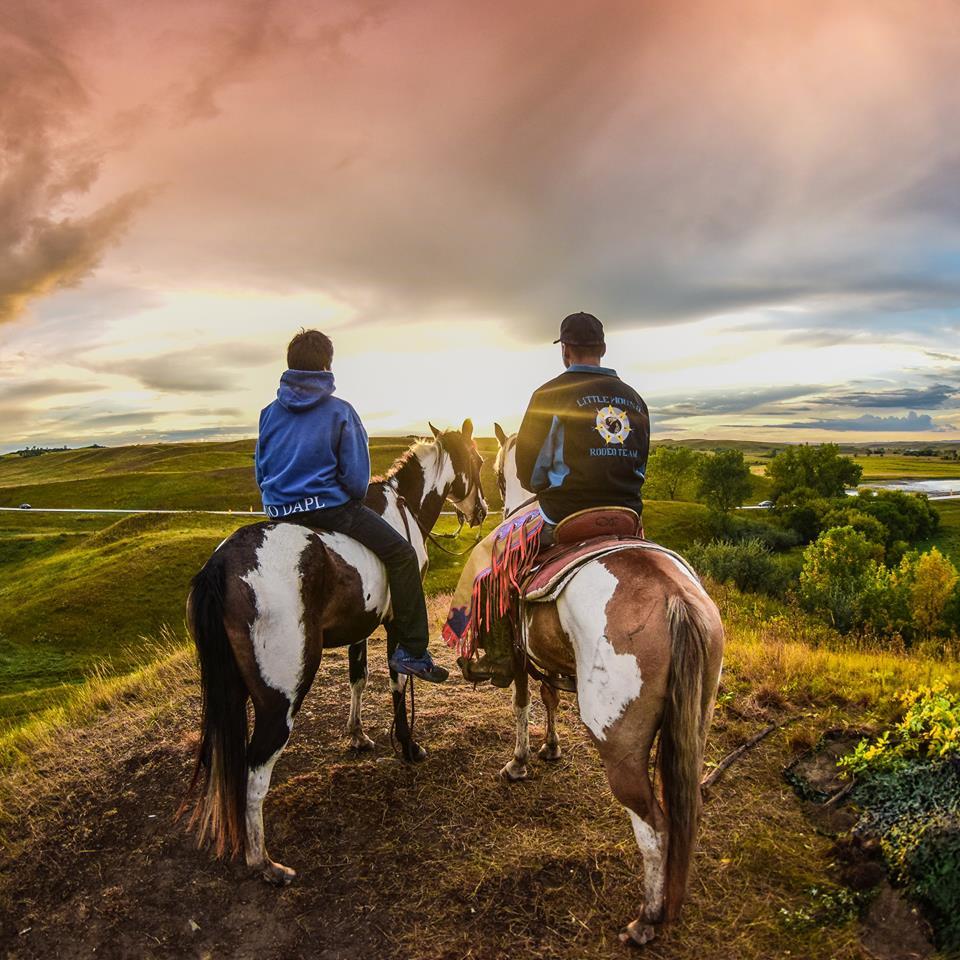 standingrockrisinghorses